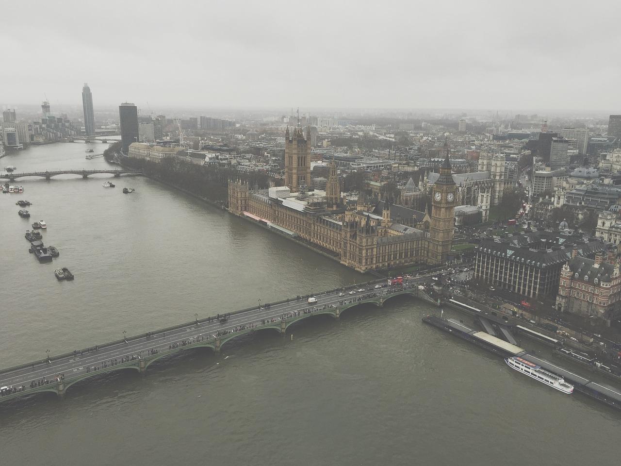 Las 7 primeras líneas de tu año escolar (y II)-Reino Unido